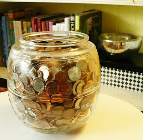 Easy Money Saving Tips! Look after the pennies, and the dollars will look after themselves! Here are some easy money saving tips that I do and some that were shared by readers of my blog. Frugal living, living on a budget, frugal homemaking, personal finance