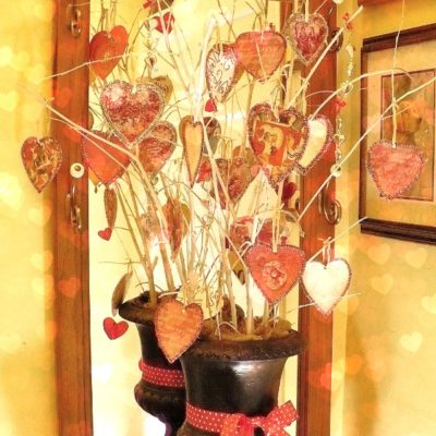 Paper heart Valentine's Day Tree