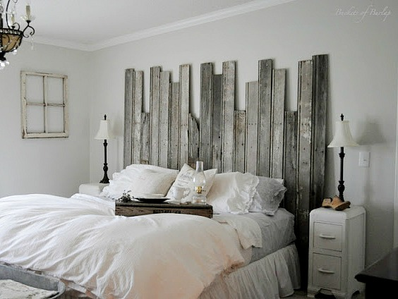 DIY reclaimed wood headboard from Buckets of Burlap
