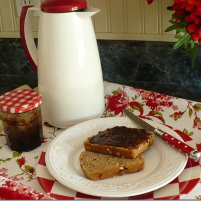 apple butter on homemade bread