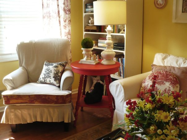 diy slipcovered chair with toile