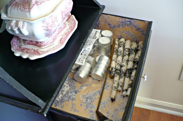 toile lined drawer