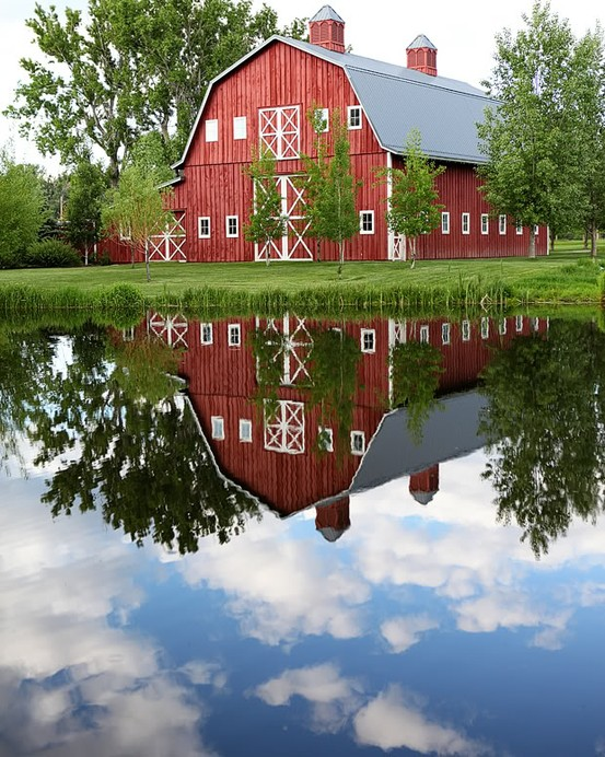 Meadow Brook Farm Barn