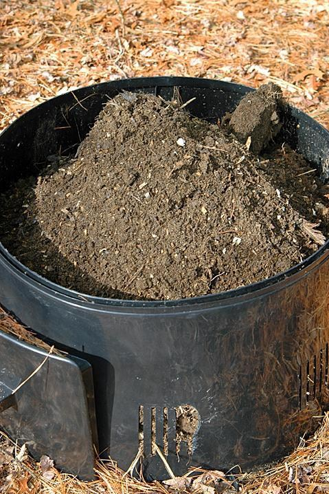 "Chickens are natural composters! How to make ""black gold""! Article describes how to use the chicken run as a ""compost pile"" letting the chickens do all the work and then just digging out the garden gold!"