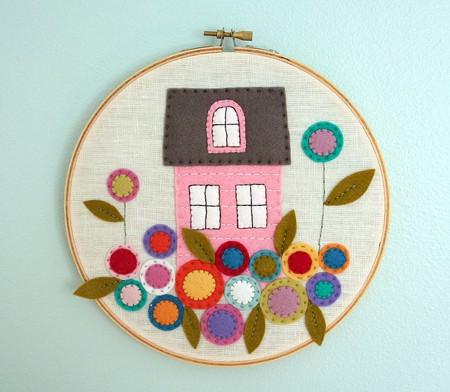embroidery hoop wall art - wool felt applique hoop art