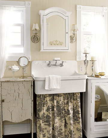 toile sink skirt