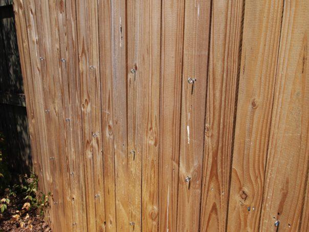 eye hooks in fence