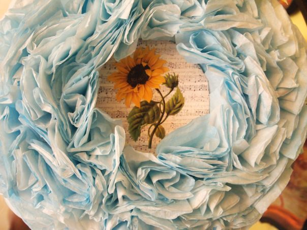 coffee filter wreath with interchangeable center