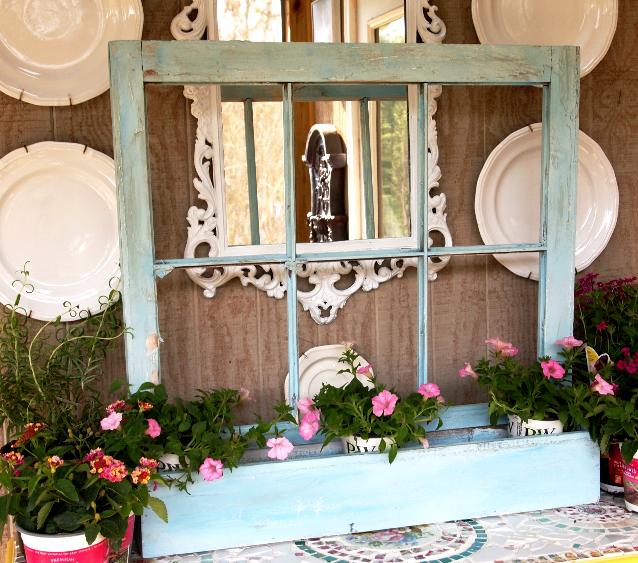 Inspired ways to use old windows for Ways to use old windows