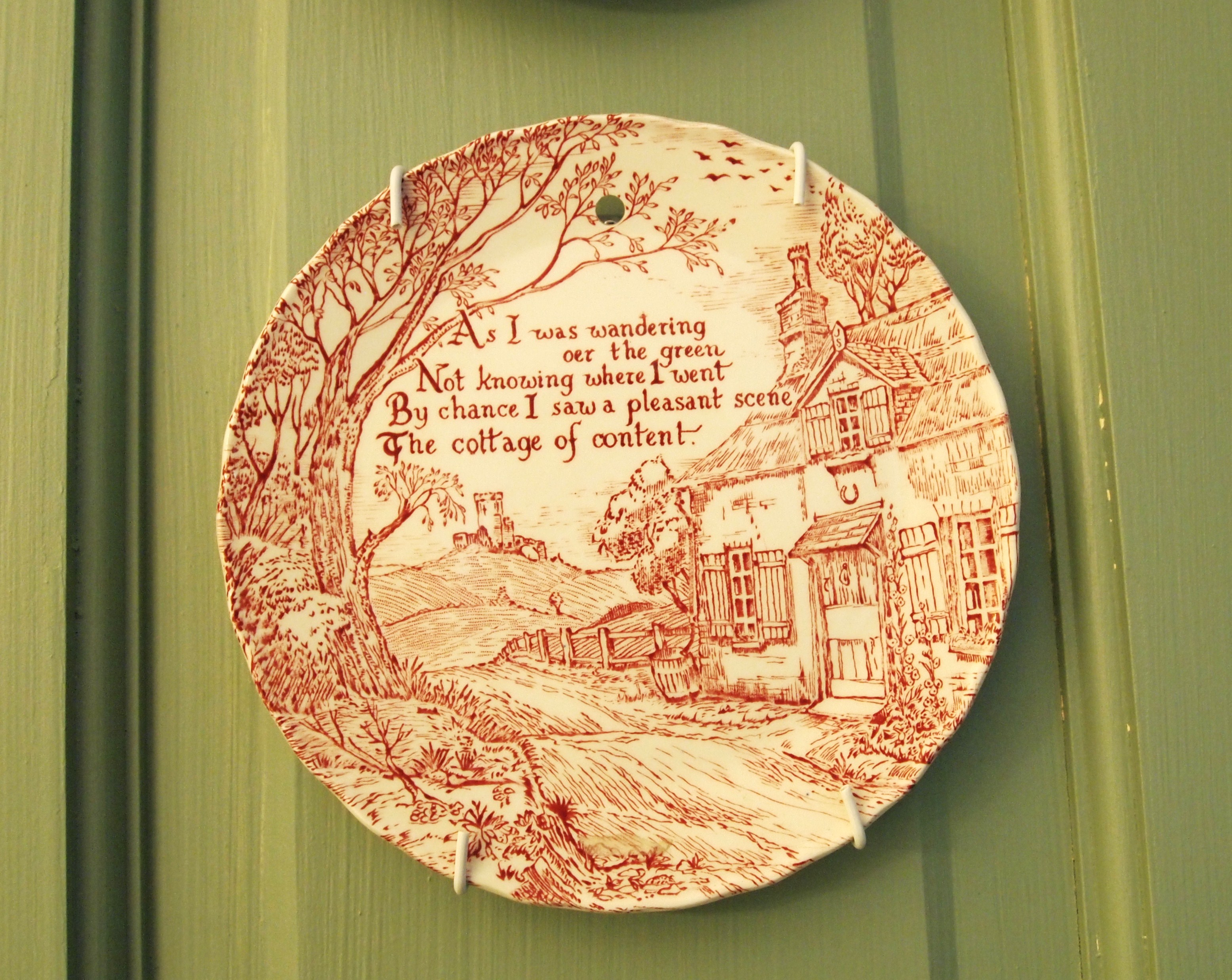 Contemporary Hampton Bay Decorative Wall Plate Ornament - Art & Wall ...