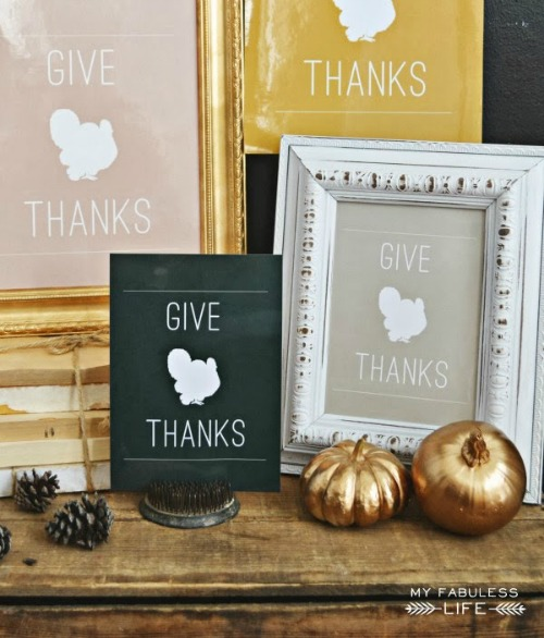 Free Thanksgiving Printables - Free Thanksgiving printables! Need some ideas to keep the kids busy on Thanksgiving? Or maybe a quick little something for your Thanksgiving home decor? #ACultivatedNest