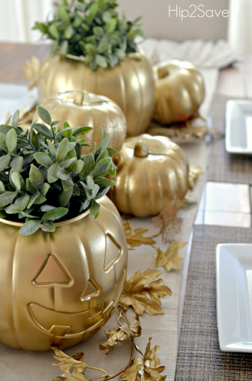 Upcycled Pumpkin Thanksgiving Centerpiece- Transform your space with these inspired ideas for your Thanksgiving table. They are elegant, gorgeous, and easy to replicate, too! | #Thanksgiving #ThanksgivingCenterpiece #ThanksgivingDecor #ThanksgivingTable #ACultivatedNest