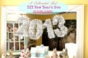 Easy DIY New Year's Eve Garland