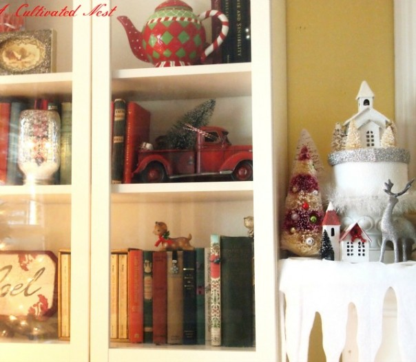 Christmas Bookshelves