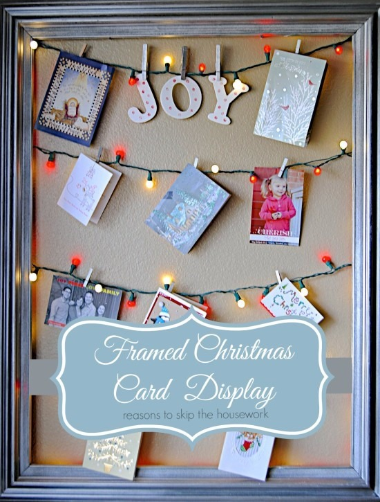 How To Display Christmas Cards- Are you looking for ways to display that pile of Christmas Cards? Check out these cool Christmas card display holders! These are really great DIY Christmas projects that are suitable for people of all skill levels! #christmas #ChristmascardDisplay #diy #diyhomedecor