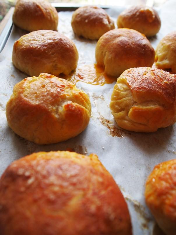 homemade cheese stuffed pretzels