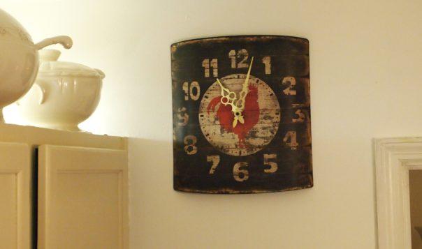 farmhouse style clock- Acultivatednest.com