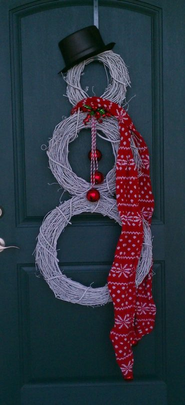 Easy Christmas decorating idea like making a santa from grapevine wreaths