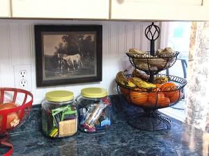 Adding Farmhouse Style To My Kitchen