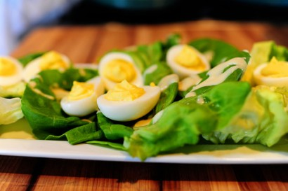 deviled-eggs-on-a-nest-of-lettuce