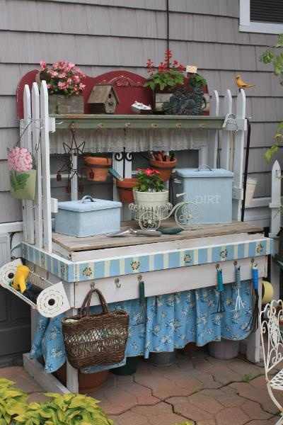 DIY Potting Bench Ideas: skirted potting bench