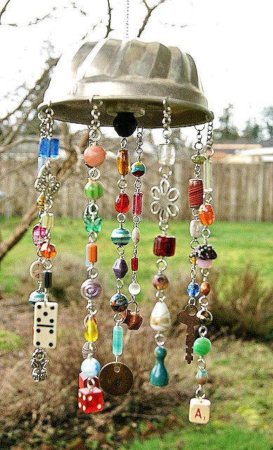 8 Creative DIY Wind Chime Ideas Like This Jello Mold Wind Chime!