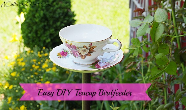 Easy DIY Teacup Birdfeeder