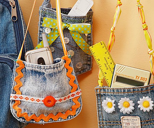 Great ideas for repurposing old jeans like making these cute little denim pocket purses!