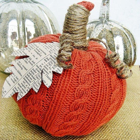 DIY sweater pumpkin