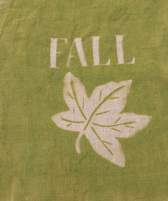 spray painted burlap