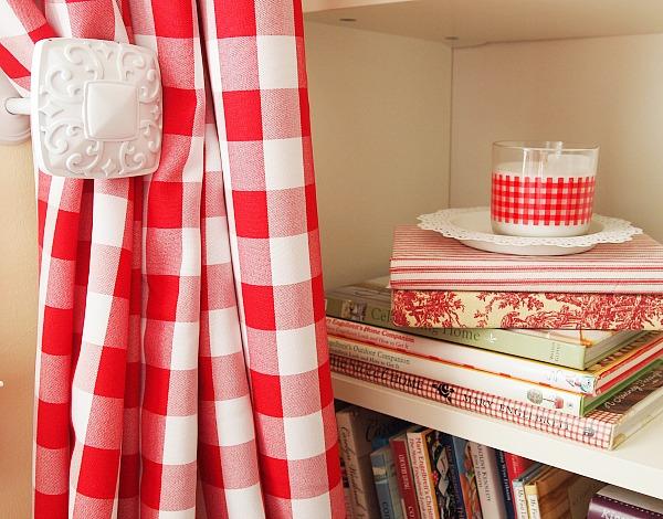square curtain tieback