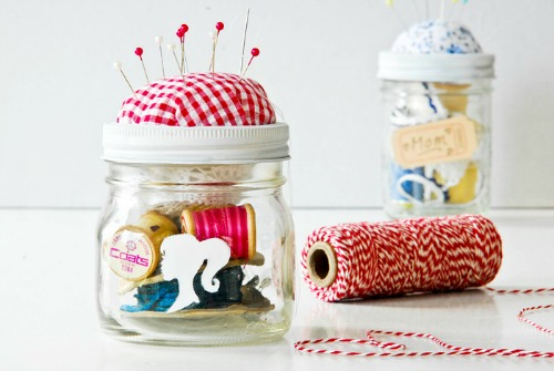 diy sewing kit in a jar