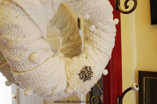 make a transitional wreath for winter