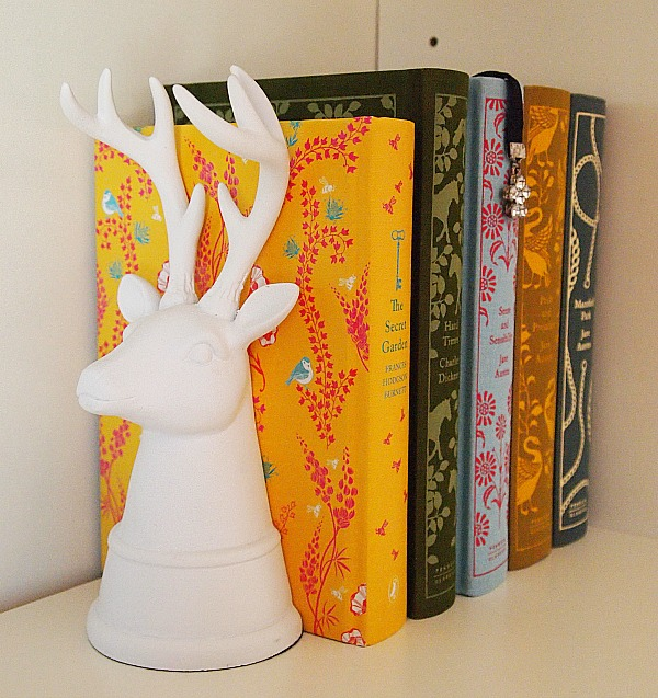 stag head bookend