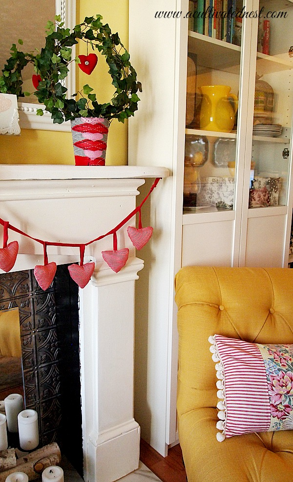 Red gingham heart garland