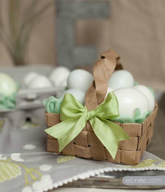 Crafting with paper bags - Paper bag Easter Basket by The Elli Blog