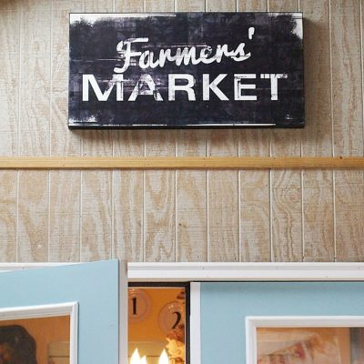 Thrifty Find - Farmer's Market Sign