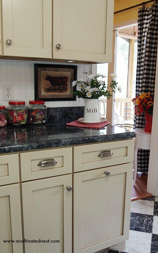farmhouse style kitchen   www.acultivatednest.com