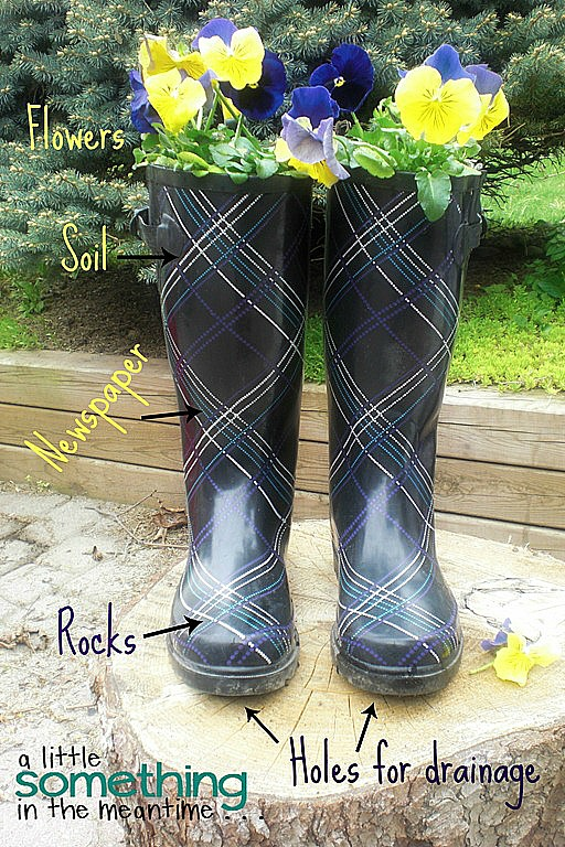 rain boot planter tutorial