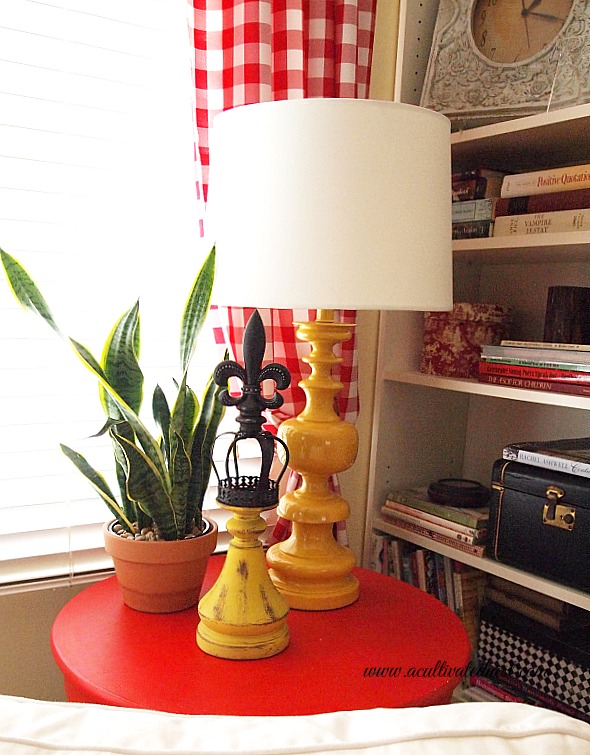 decorating with yellow - yellow accessories