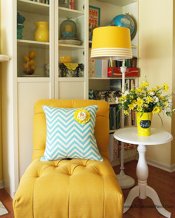 Spring Decorating with Yellow