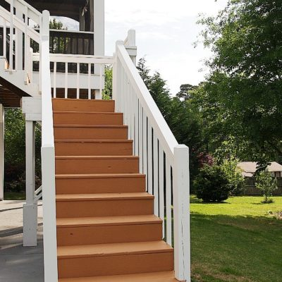 deck makeover with Sherwin Williams Deckscapes