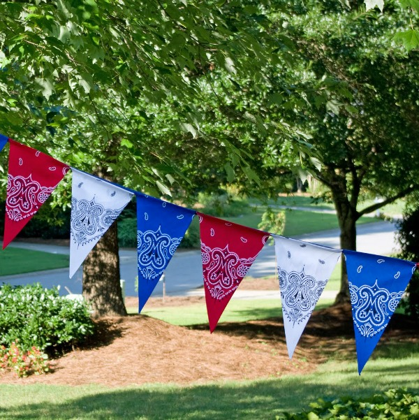 11 Cute DIY Patriotic Decorating Ideas: banner made from bandans by Life In Wonderland