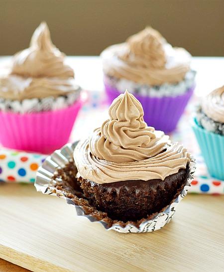 Dreamy Crockpot Hazelnut Cupcakes by Crockpot Gourmet