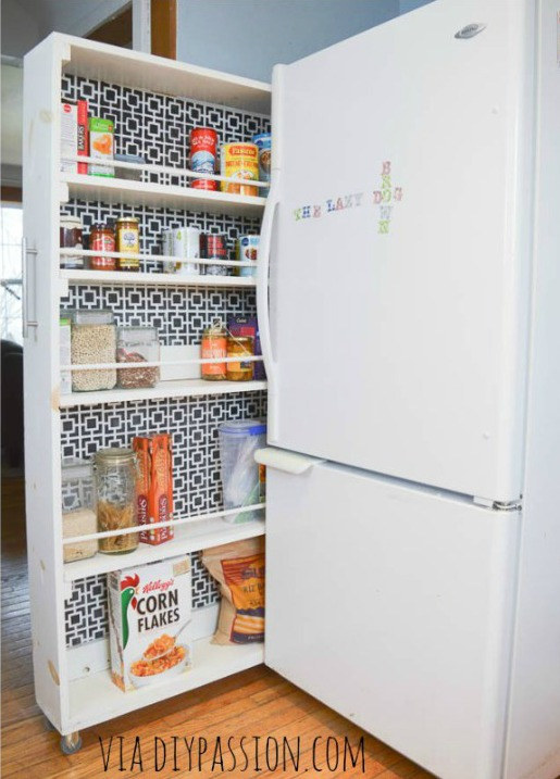DIY Rolling Pantry. Great ideas for organizing your small kitchen and maximizing space.