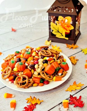 25 Creative Candy Corn Recipes including this Candy Corn Party Mix from Fleece Fun