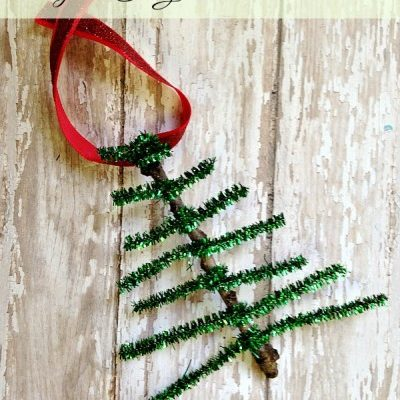 DIY Pipe Cleaner Christmas Tree Ornament-Easy Christmas Craft
