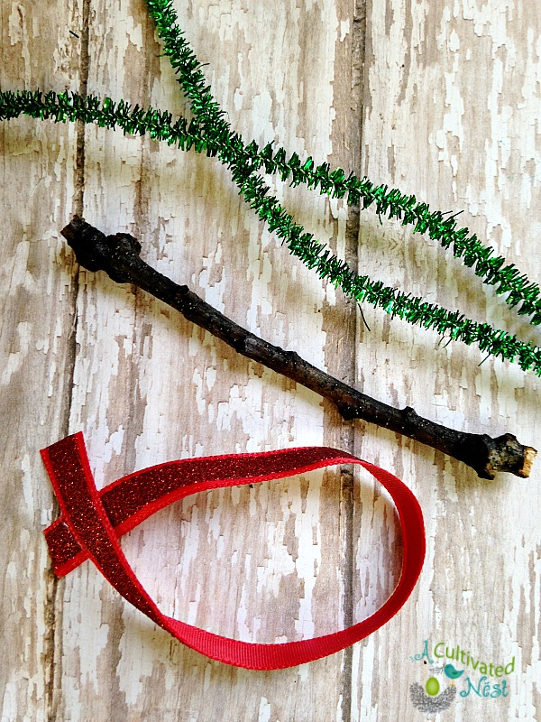 holiday pipe cleaner craft