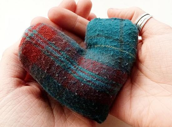 10 Super Cute Stocking Stuffers | DIY hand warmers