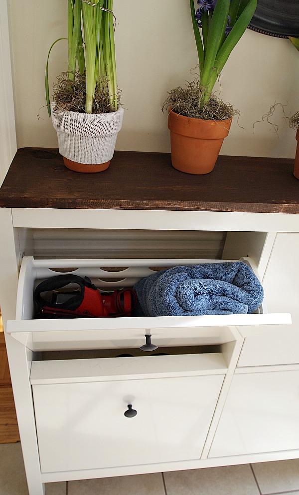 Ikea Hemnes compartment